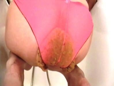 Goddess Anita Huge Shit In Bathtub In Panty