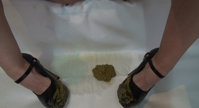 Mistress Roberta – Clean The Shit Off My Shoes Before Eating