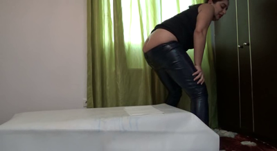 Mistress Roberta - Shitting In My Ecological Leather Pants - Pov