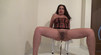 Mistress Roberta – Tasty Seeds Shit For Breakfast-Pov