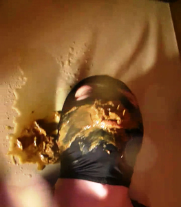 New ! Ballbusting Before Toilet Play
