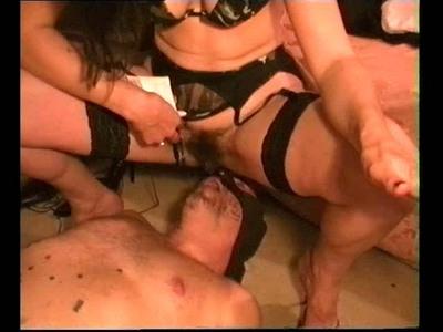 2.  2 Peeing Mistress Isabella